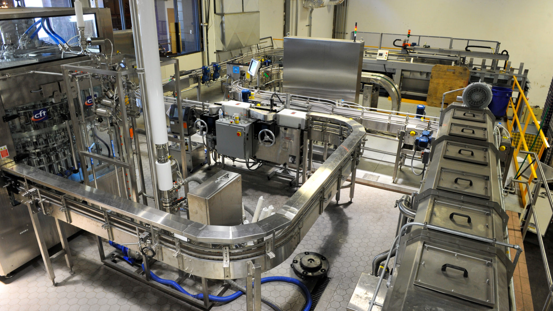 VanZyverden Inc. Filling and Packaging Machinery Sales, Engineering, Sales, Installation and Service.